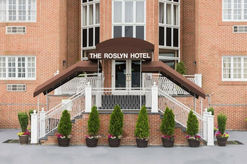 The Roslyn, Tapestry Collection by Hilton