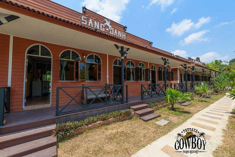 Cowboy Farm Resort Pattaya