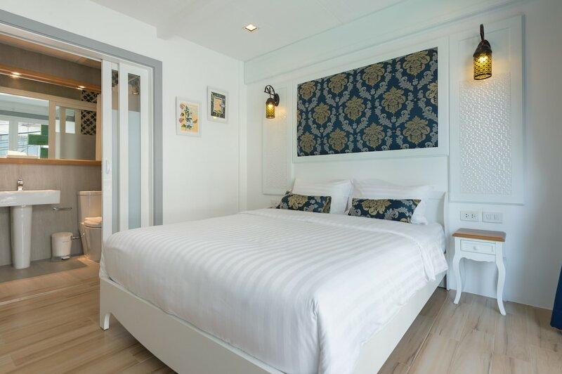 White Ivory Bed & Breakfast