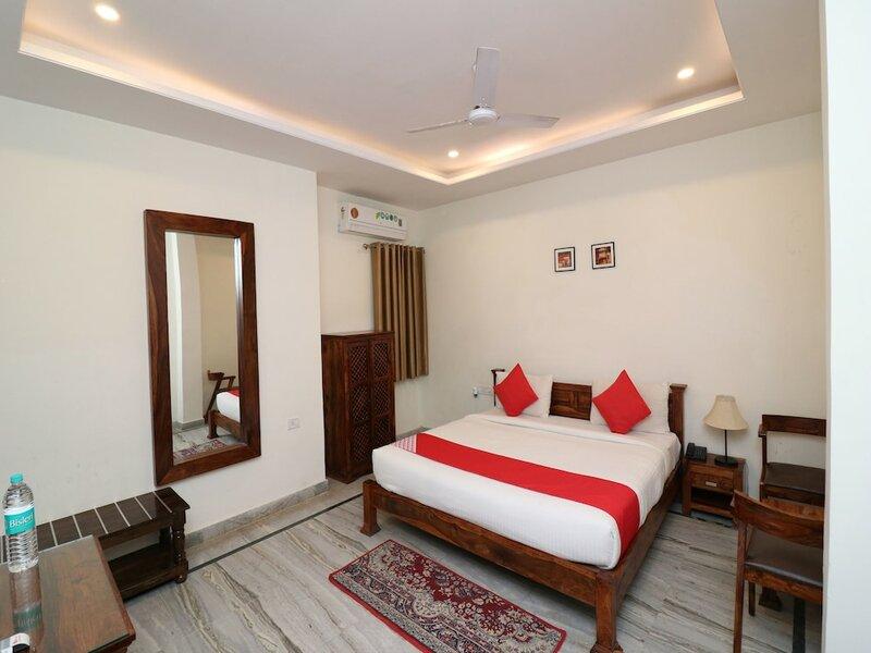 Oyo 27759 Hotel Rajputana