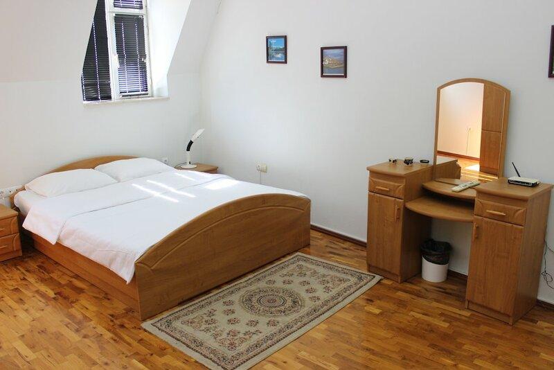 Dream Hotel & Apartments
