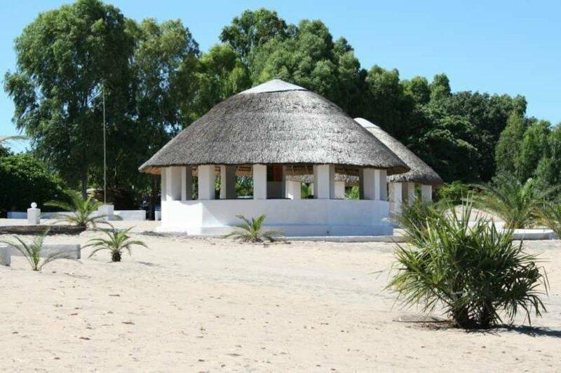 Fish Eagle Bay Lodge