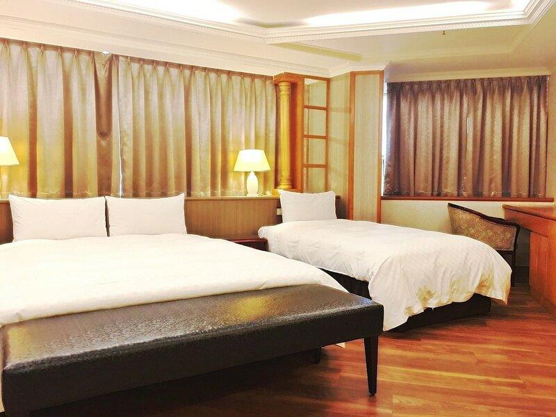 Daxin Hotel