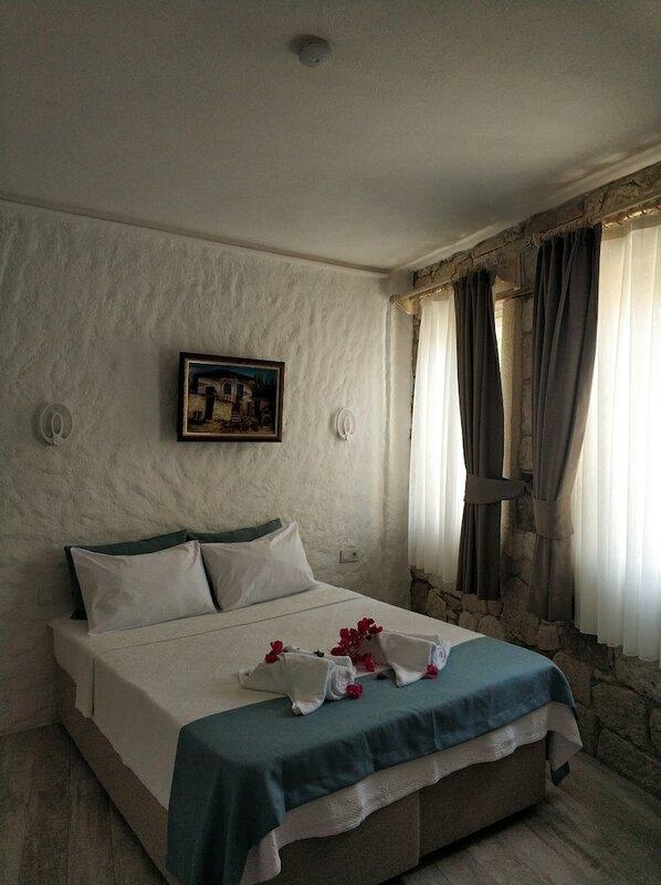Alacati Asmali Konak Hotel