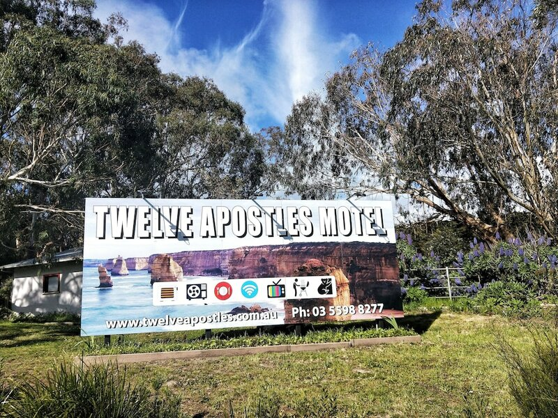 Twelve Apostles Motel & Country Retreat