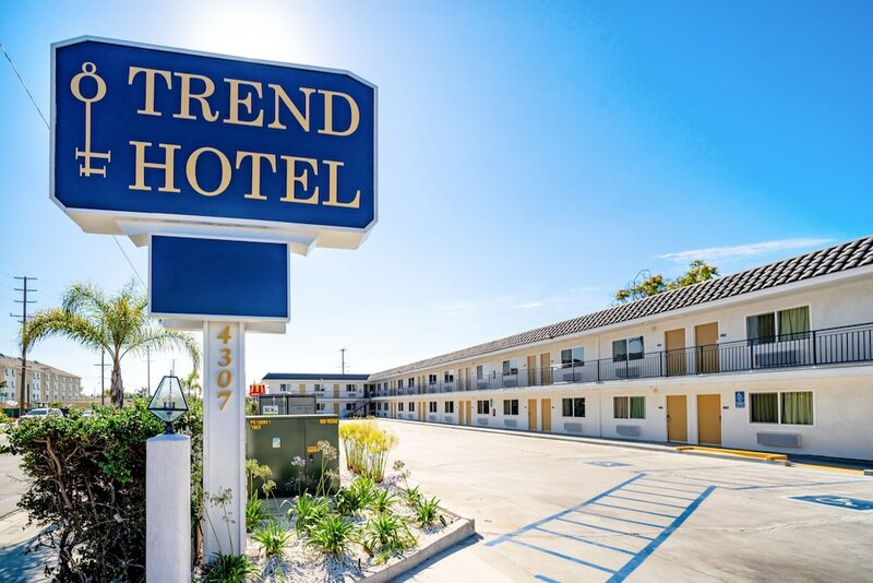 Trend Hotel at Lax Airport