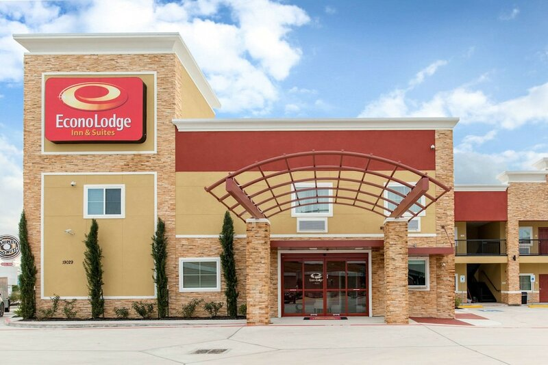 Econo Lodge Inn & Suites Houston Willowbrook