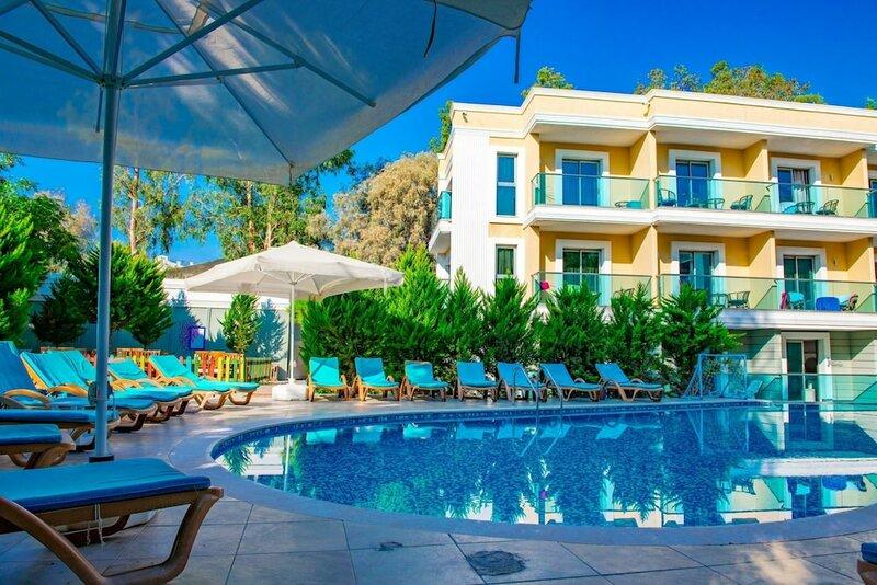 Breeze Beach Hotel