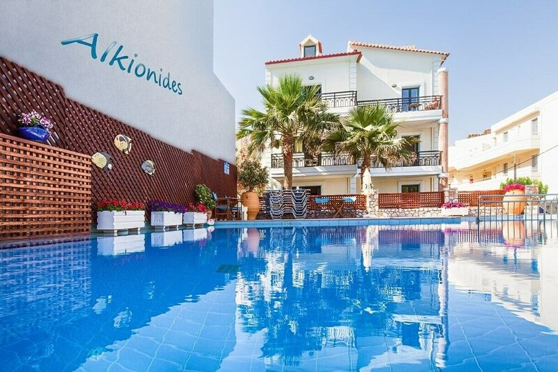 Alkionides Seaside Apartments