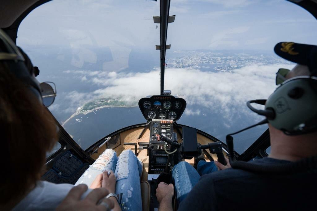 На полета стоимость вертолете час москве ломбард часов