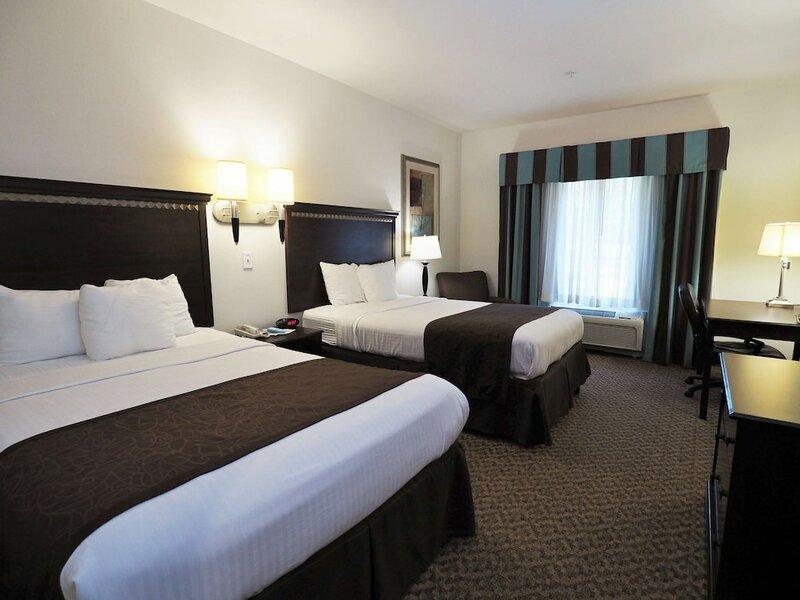 Mountain Villa Inn & Suites