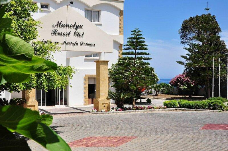 Отель Manolya