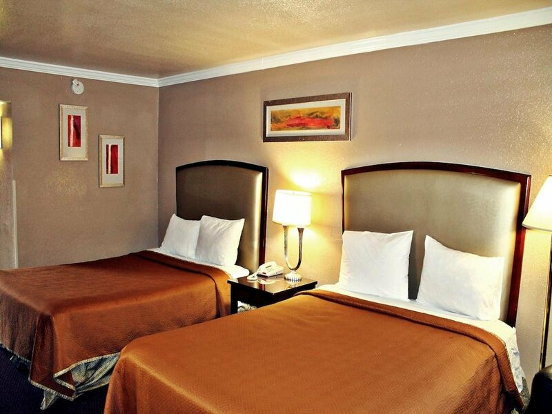 The Inn at Alamo Riverwalk Convention Center