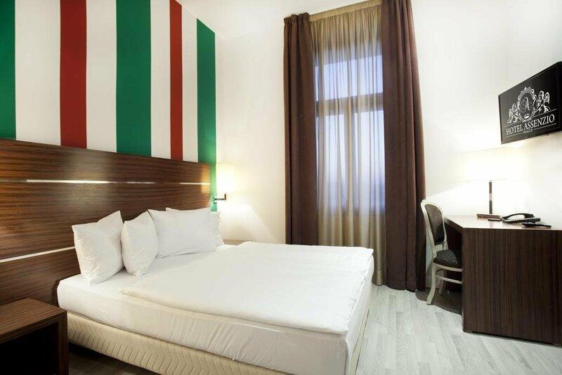 Отель Assenzio