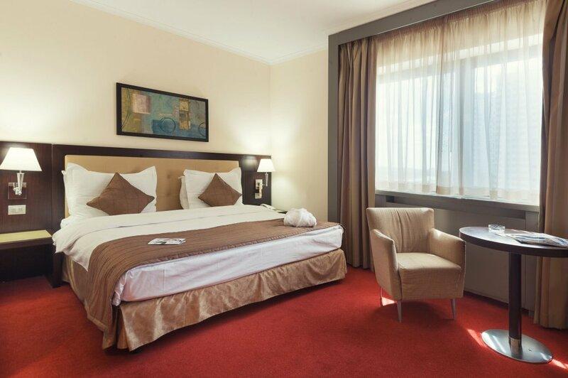 Radisson Hotel, Астана