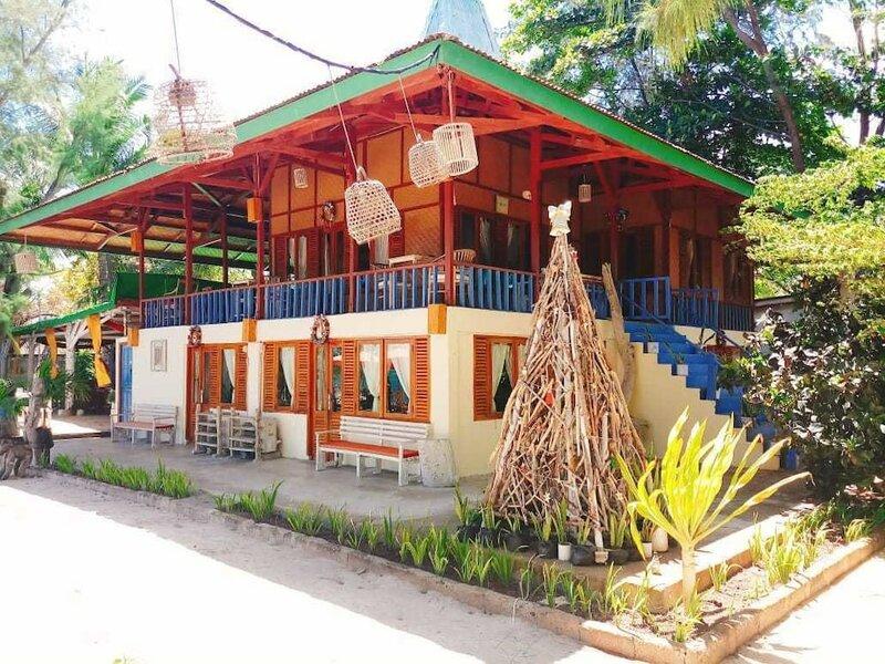 Cemara Beach Resort