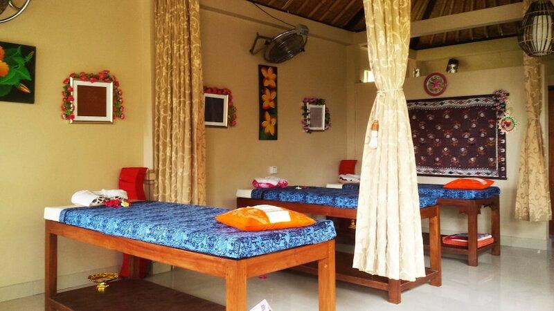 Om Shanti Cottages