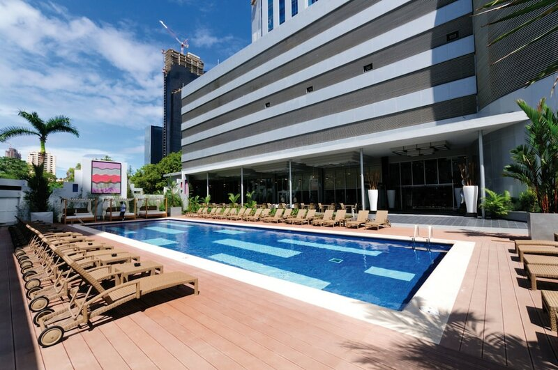 Riu Plaza