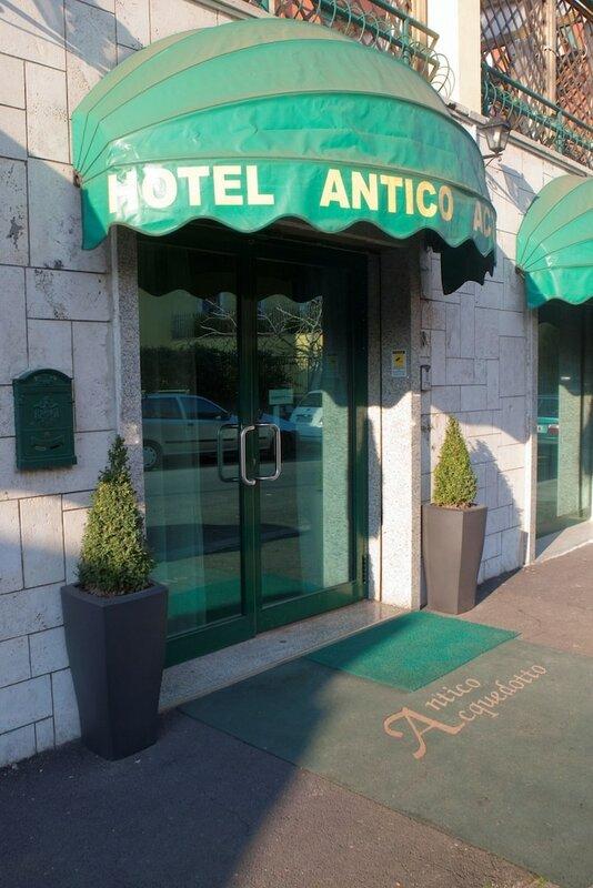 Отель Antico Acquedotto