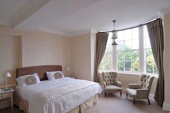 Donington Manor