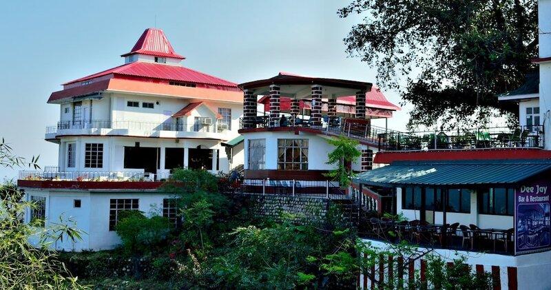Dee Jay Resort