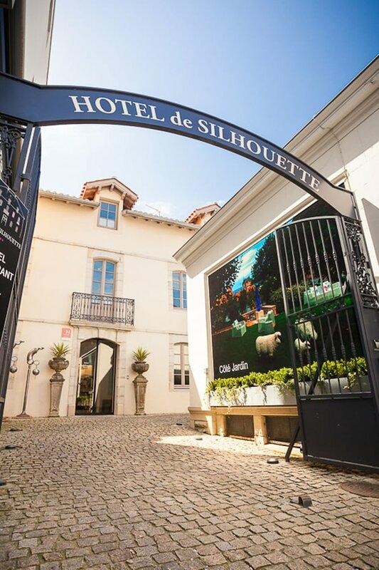 Hotel de Silhouette