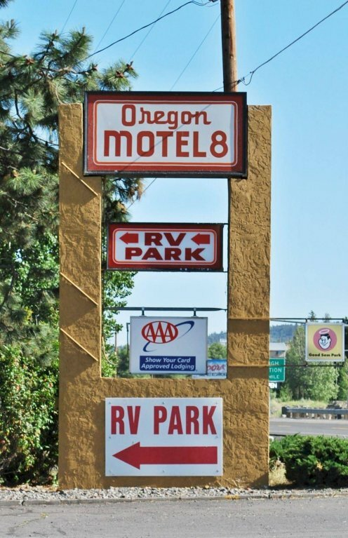 Oregon Motel 8 And Rv Park
