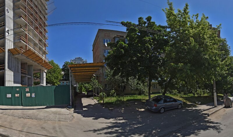 Two bedroom apartment near the National Circus of Ukraine