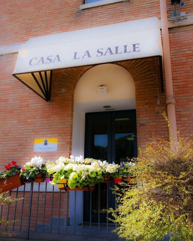 Casa La Salle - Religious Guest House