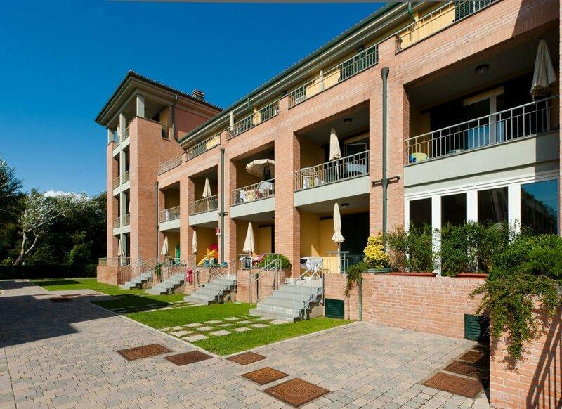 Residence Continental Resort