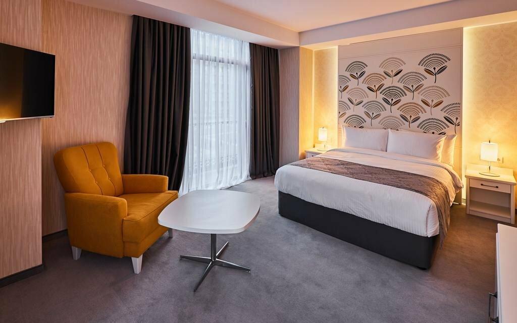 гостиница — Отель Gallery Palace — Тбилиси, фото №2