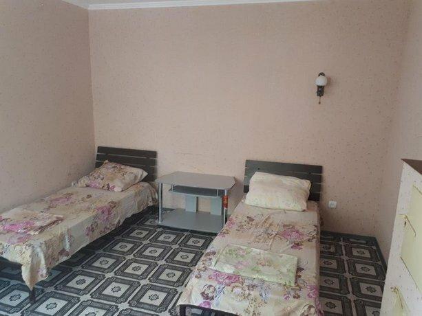 Guest House on Partizanskaya