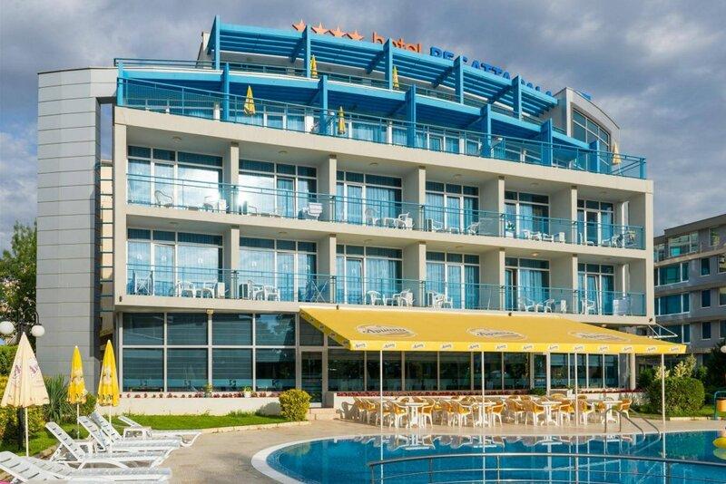 Отель Регата Палас