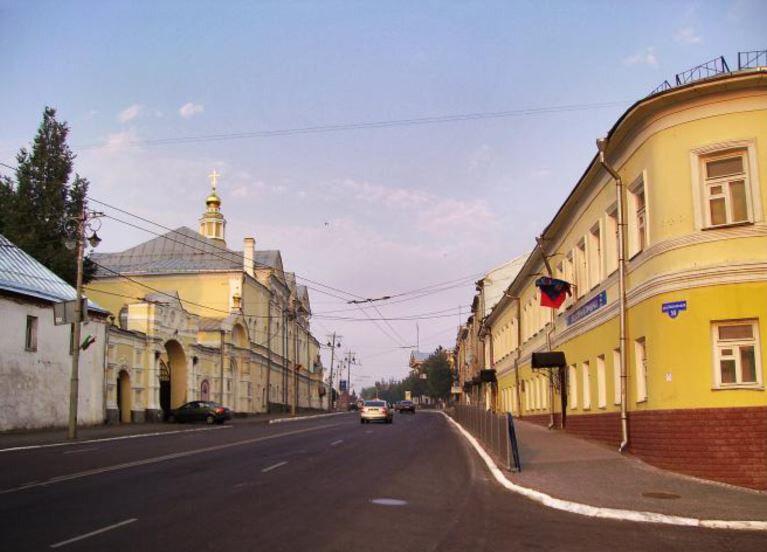 просторная фото улиц владимира монахини заселились