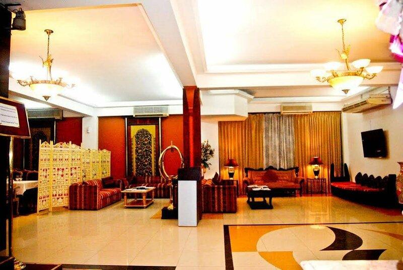 Summer Palace Hotel & Apartments