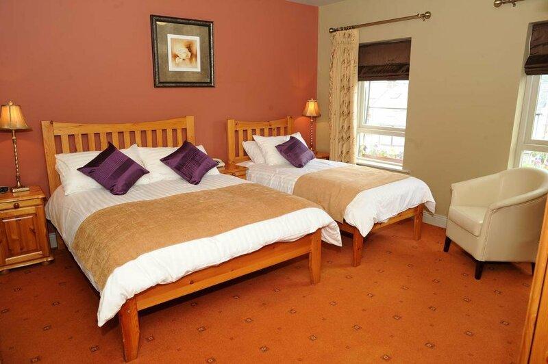 Kerry Coast Hotel