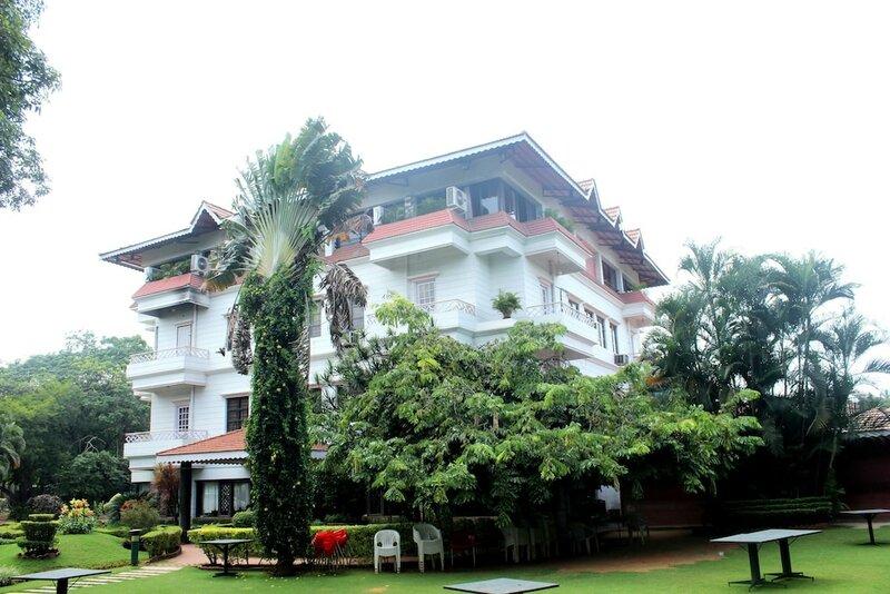 Oyo 1839 Hotel Royal Inn