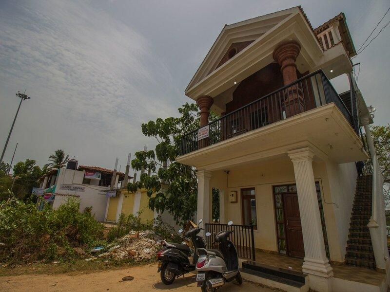 Oyo 14644 Home Riverview Studio Siolim