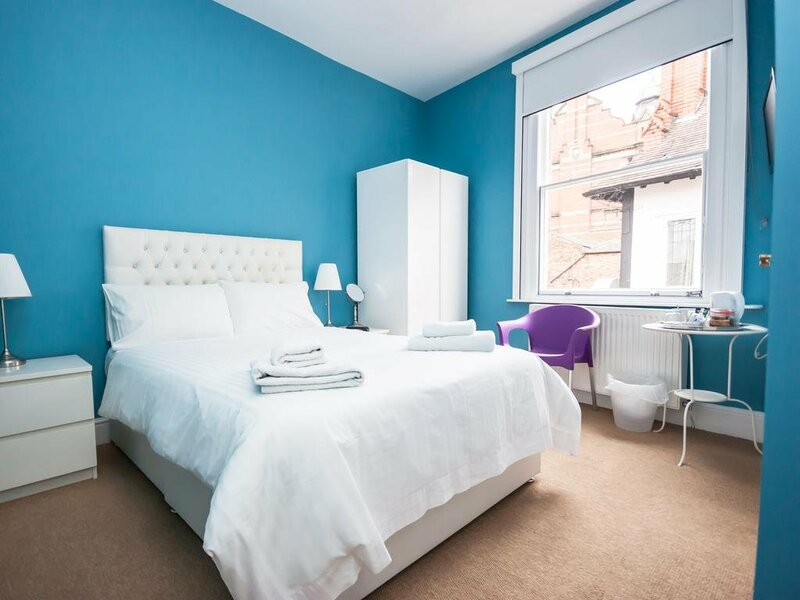 Grosvenor Place Guest House