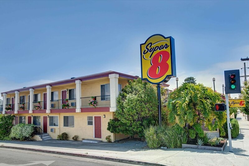 Super 8 Motel - Santa Cruz/Beach/Boardwalk West