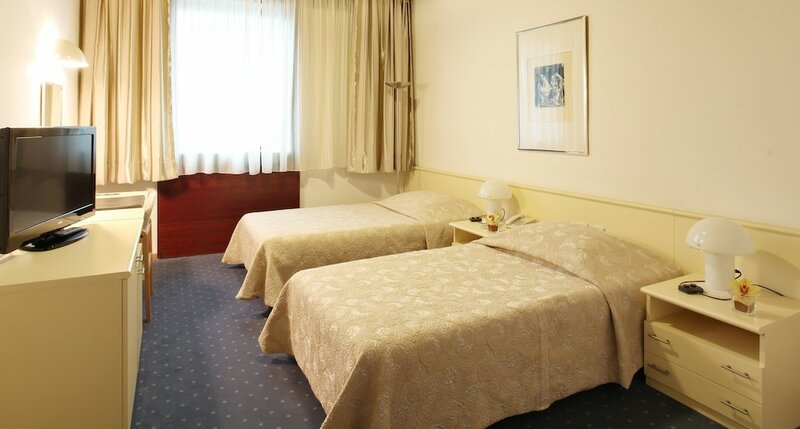 Хотел Славия