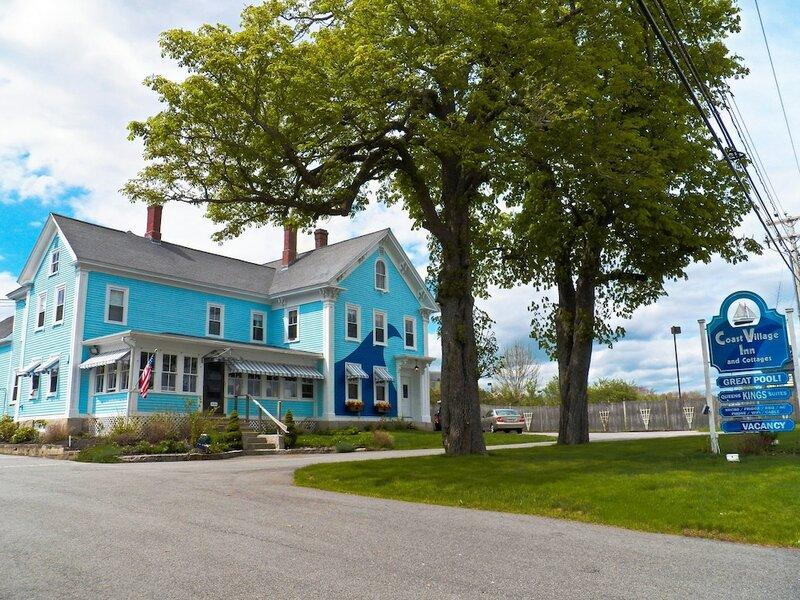 Coast Village Inn & Cottages