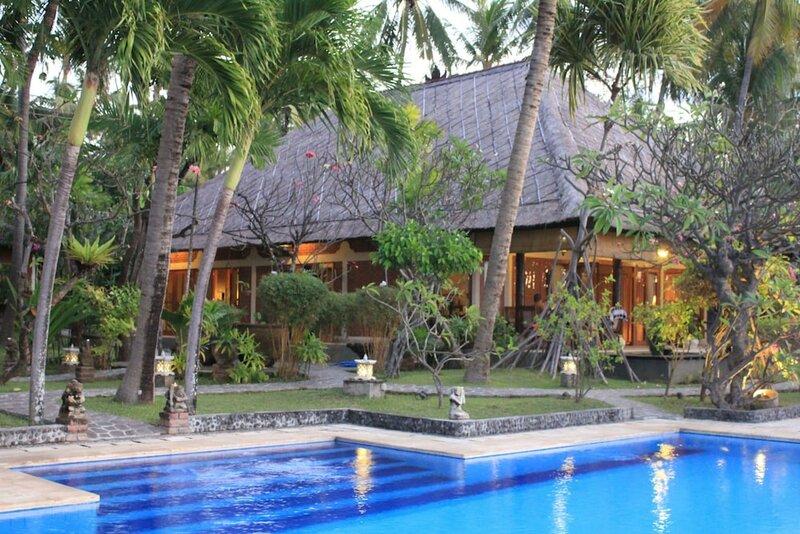 The Ning Beach & Villa