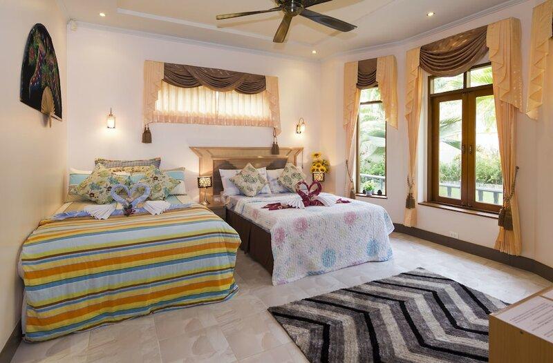 Luxury Private Villa Near Pattaya Thailand
