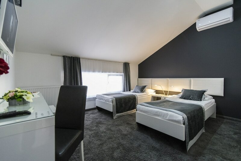 Hotel Cool Zagreb Airport