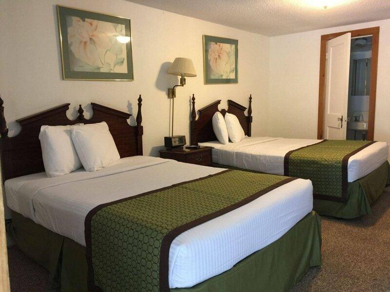 Adirondack Oasis Motel
