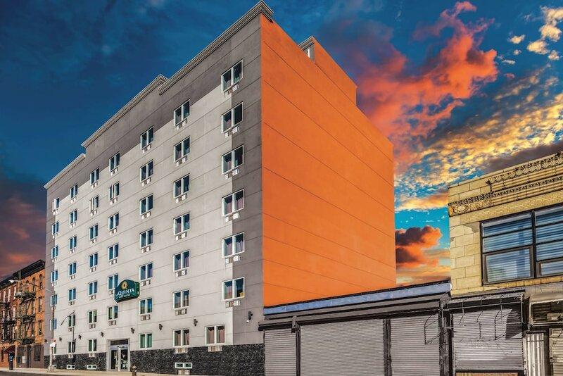 La Quinta Inn And Suites Brooklyn Central