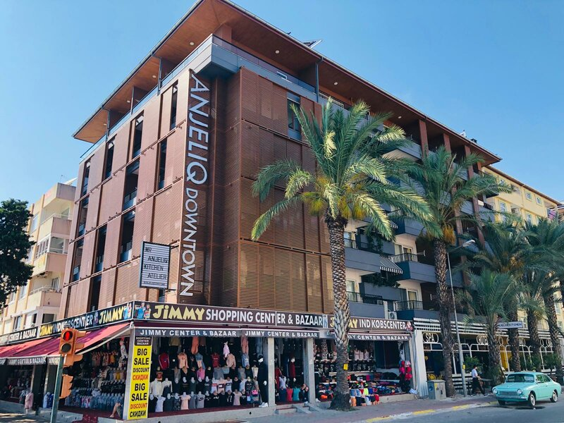Anjeliq Downtown Hotel