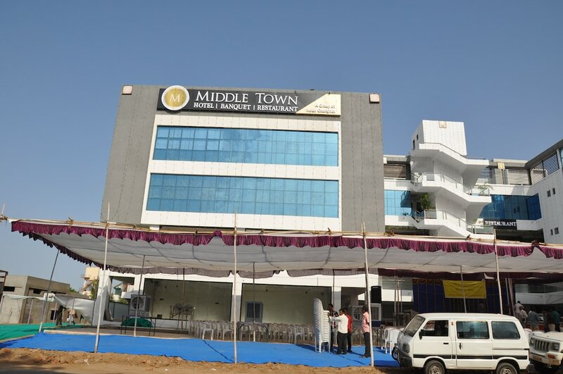Hotel Middle Town