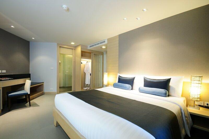 Отель The Ashlee Heights Patong Hotel & Suites